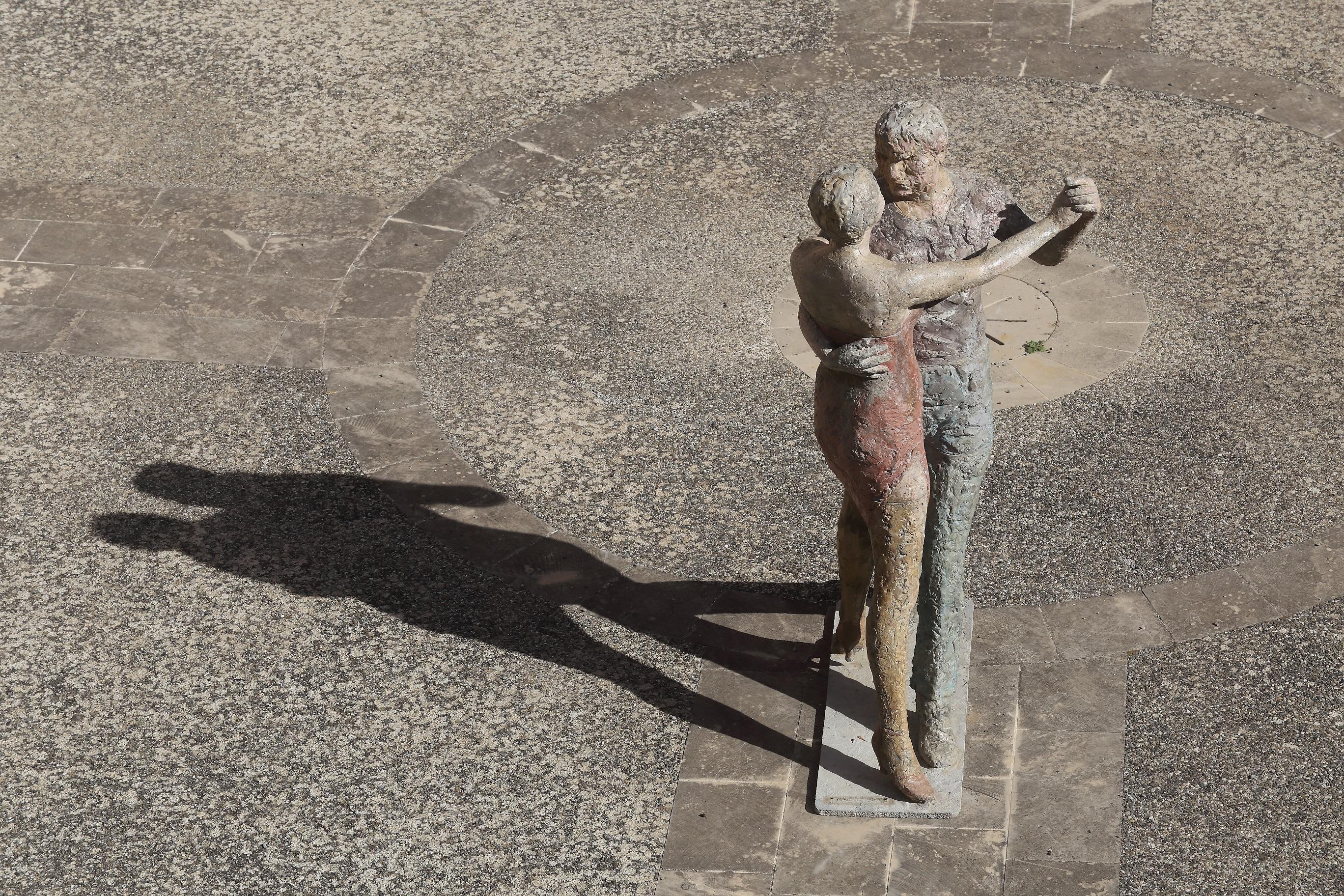 Nel castello di Copertino una mostra per i 99 anni di Pietro Guida