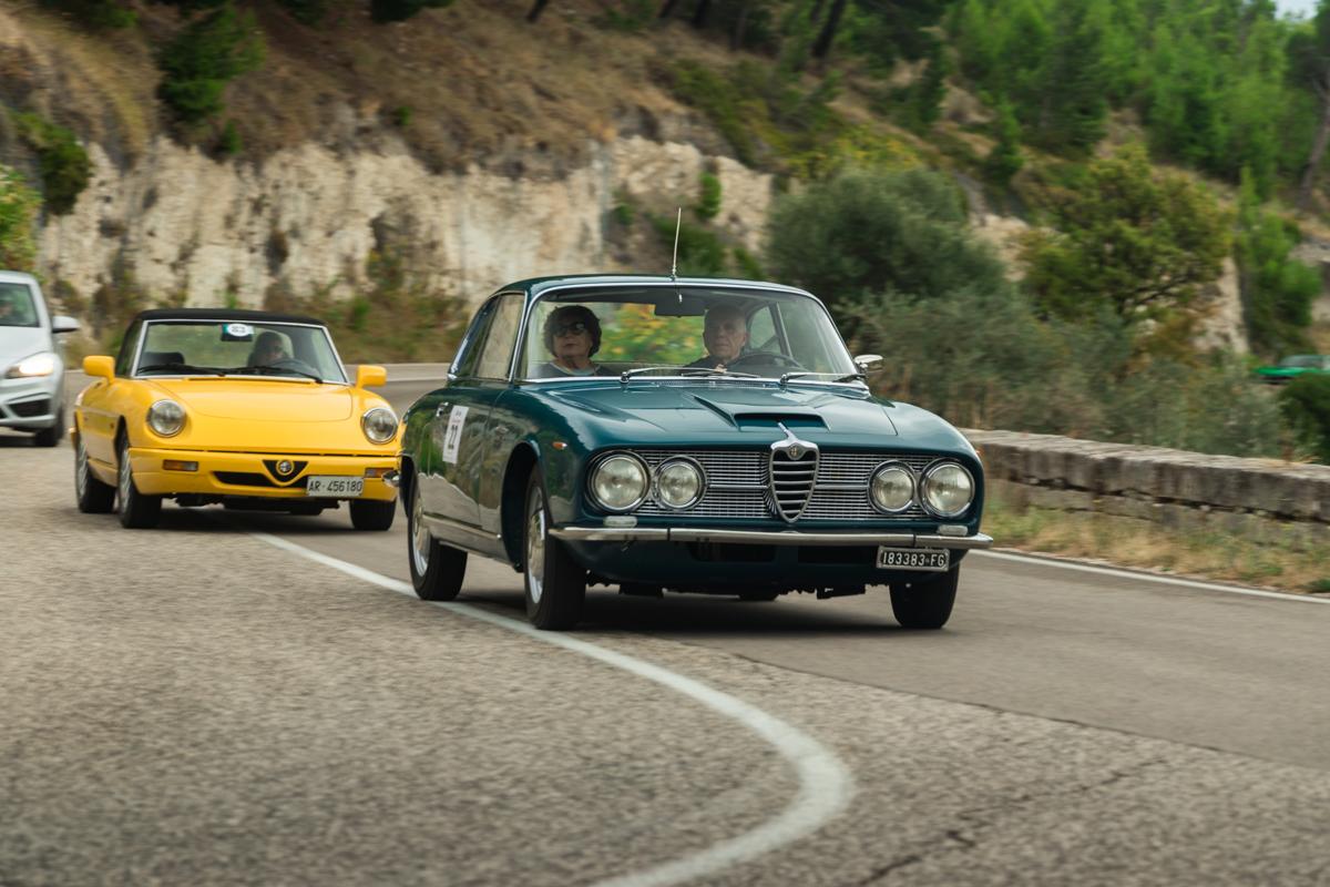 Sa(di)Lento: alla scoperta della Puglia a bordo di auto storiche
